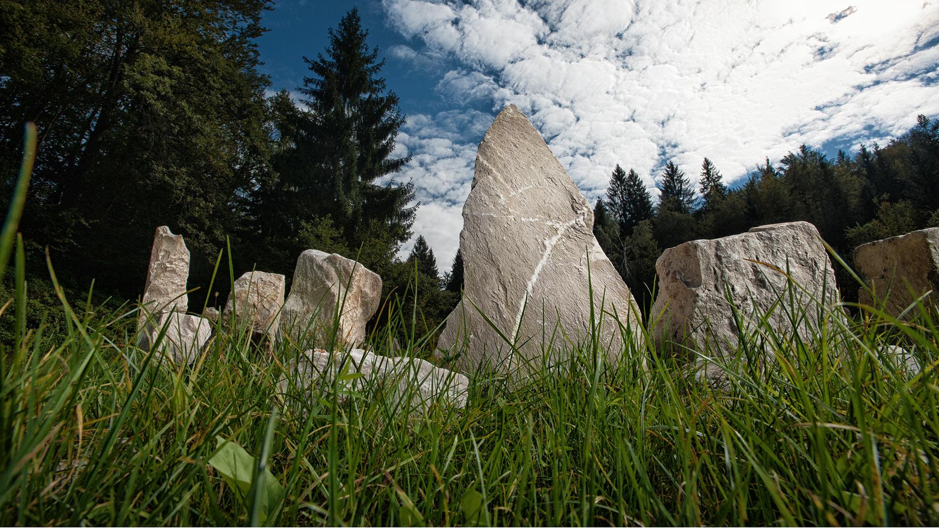 energijski park Manas, natural healing park, zdravilno kamenje, zdravljenje z bioenergijo, energijske točke, energetske točke
